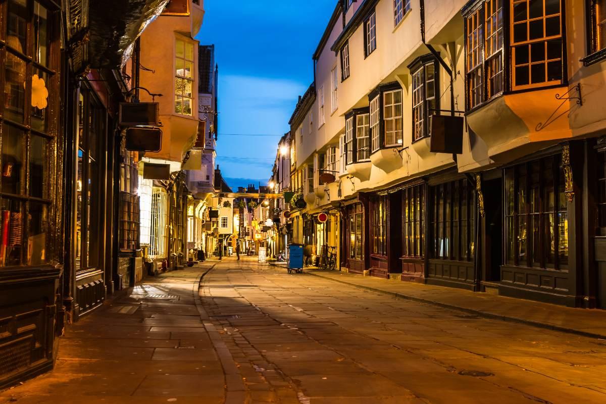York Βρετανία, μεσαιωνικά κτήρια