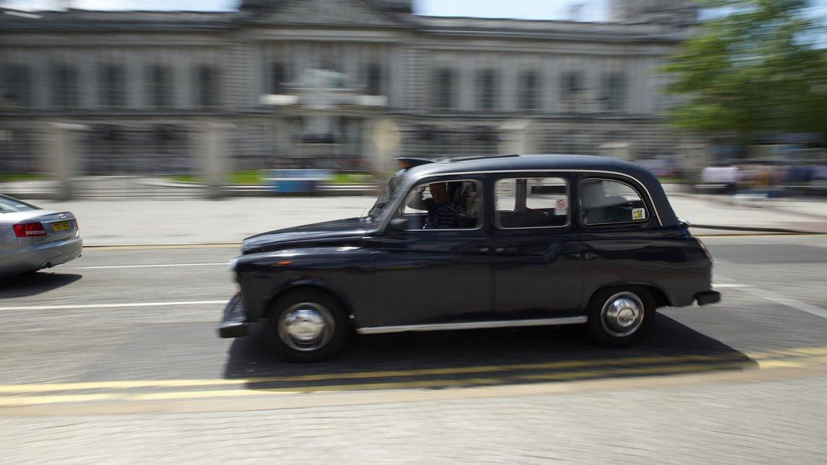 Μαύρο ταξί βόρεια Ιρλανδία