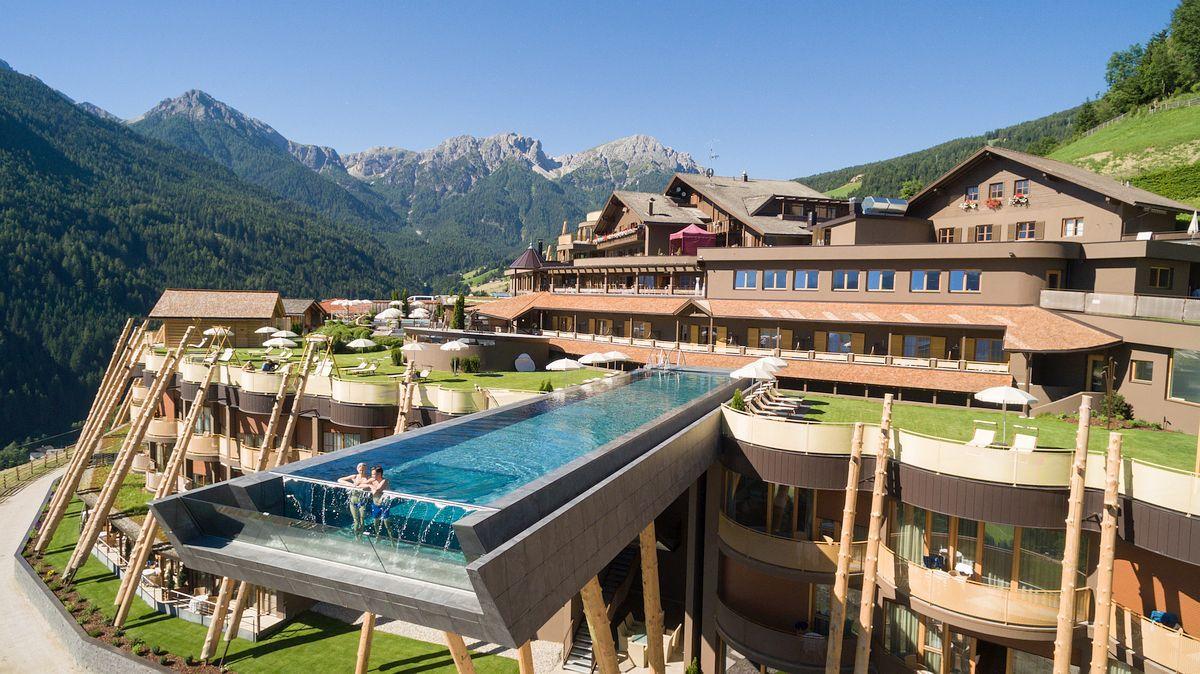 πισίνα Hotel Hubertus