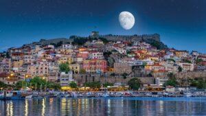Καβάλα: Η πιο ερωτεύσιμη πόλη της ανατολικής Μακεδονίας & οι 4 λόγοι για να την επισκεφθείτε…