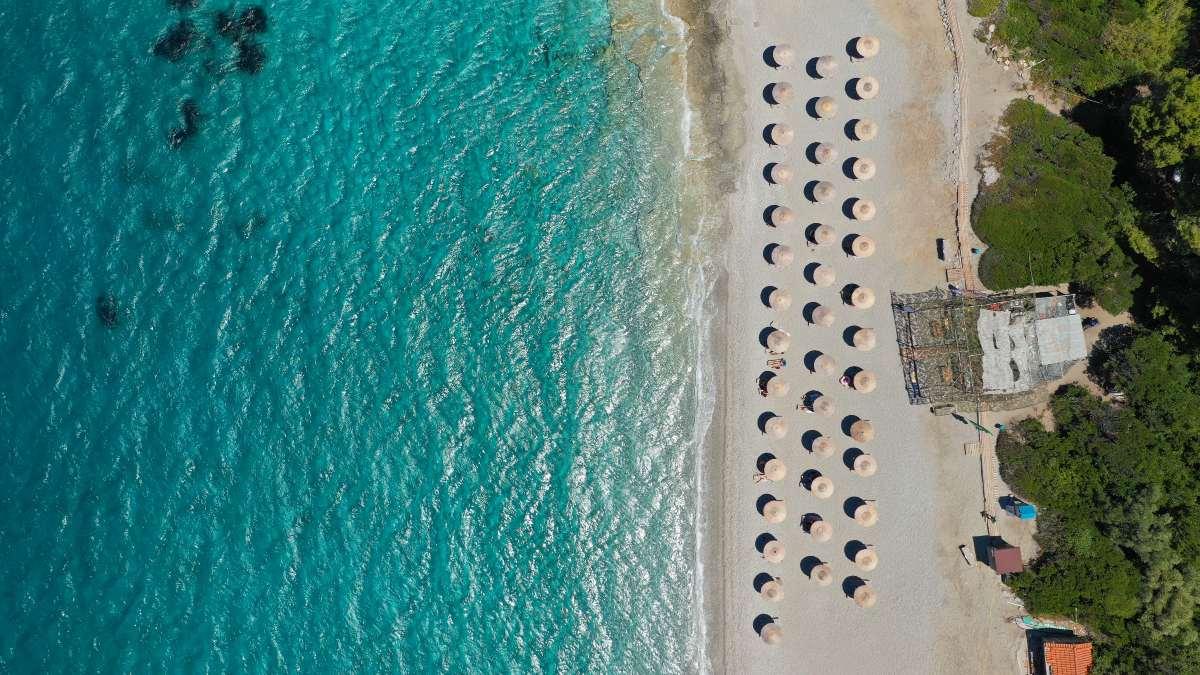 Σκόπελος, οι λόγοι που θα γίνει ο αγαπημένος σου προορισμός - παραλία Μηλιά