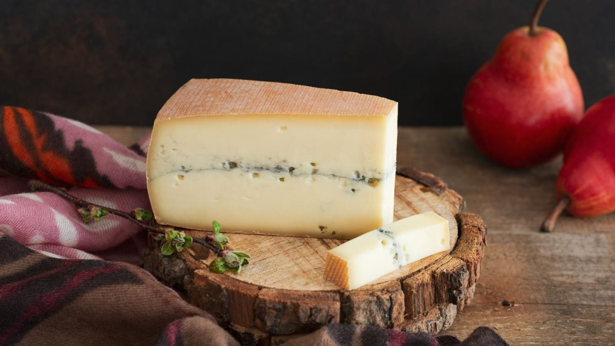 Morbier, Jura γαλλικό τυρί