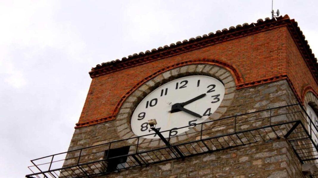 Ρολόι σε πύργο Ελλάδα