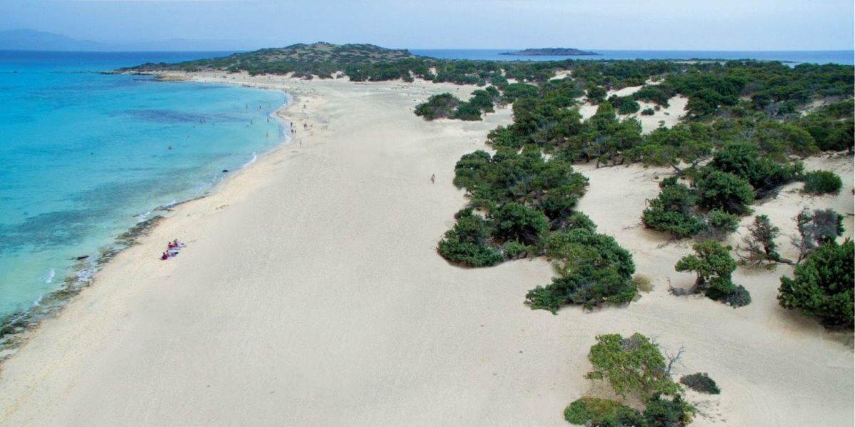 To ακατοίκητο ελληνικό νησί με το μεγαλύτερο φυσικό κεδρόδασος στην Ευρώπη! Με εξωτικό φυσικό τοπίο...
