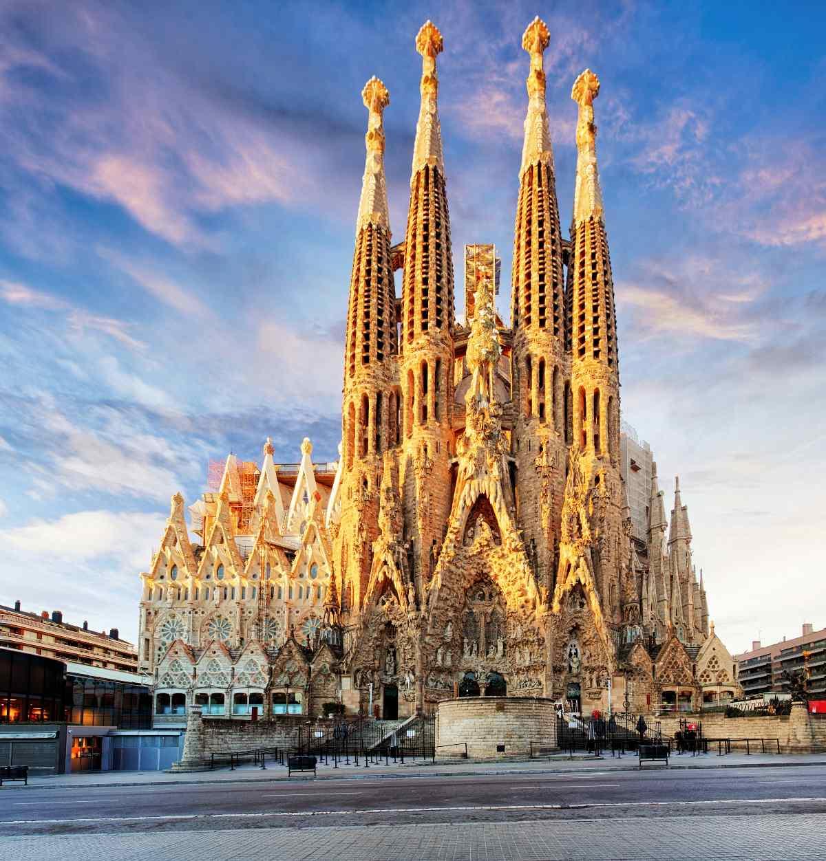 Βαρκελώνη, Sagrada Familia