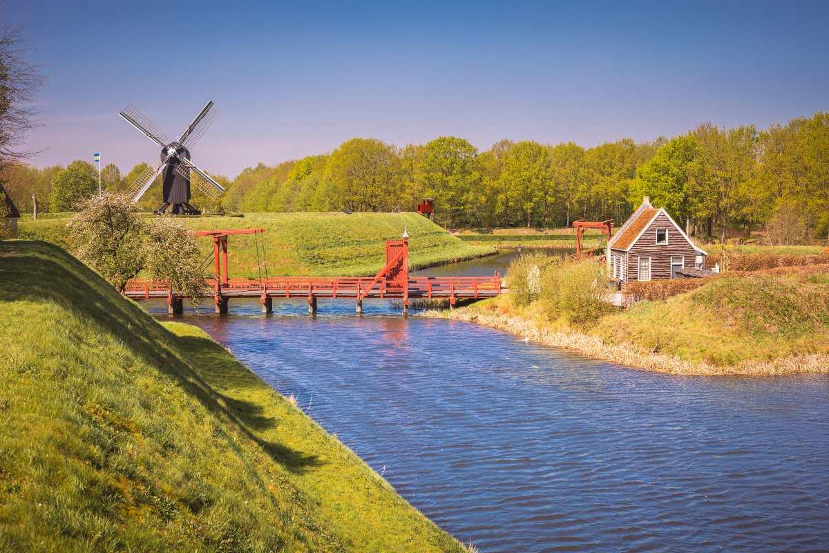 Bourtange Ολλανδία - ποτάμι