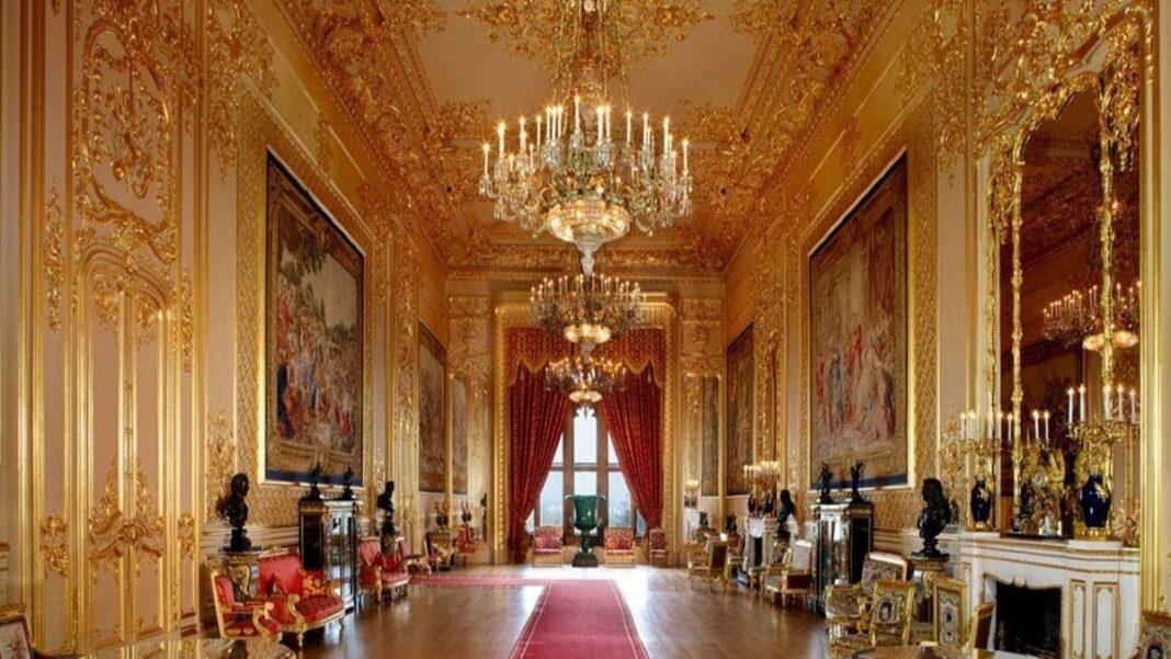 https://www.travelstyle.gr/wp-content/uploads/2020/04/Buckingham-palace-tour-1.jpg