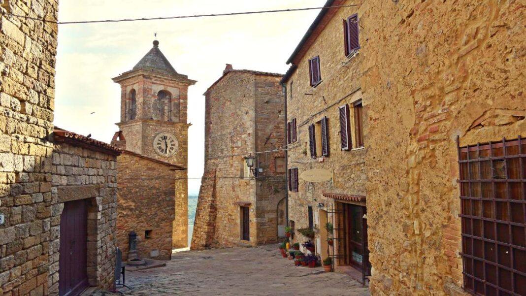 Καζάλε Μαρίτιμο, το μικρότερο μεσαιωνικό χωριό της Μεσογείου