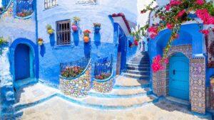 Chefchaouen: Γνωρίστε το «κρυμμένο» μαργαριτάρι του Μαρόκου με κύριο χαρακτηριστικό… τις 50 αποχρώσεις του μπλε!