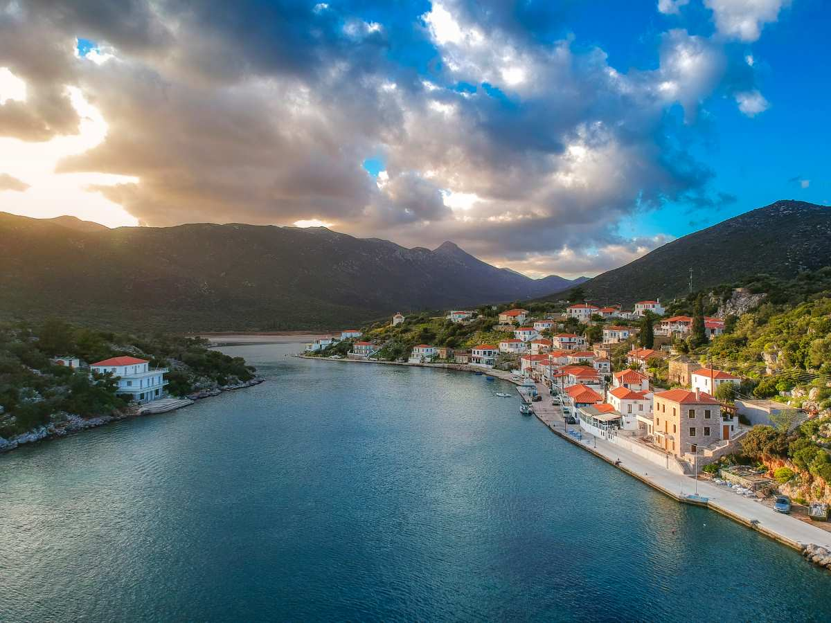 Το ελληνικό φιορδ - Πελοπόννησος