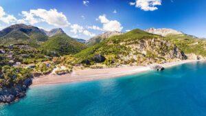 Λιμνιώνας: Μια παραλία… όνειρο στην Εύβοια