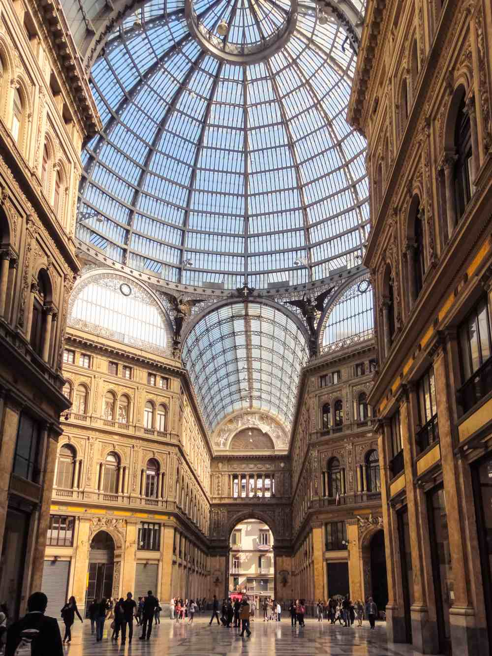 Νάπολη, Galleria Umberto