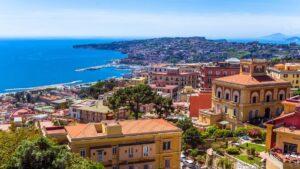 Νάπολη by the locals: Γνωρίστε το πιο αντιπροσωπευτικό δείγμα του ιταλικού νότου, μια από τις αρχαιότερες κατοικημένες πόλεις στον κόσμο!