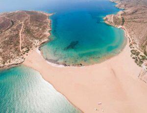 Daily Mail: Δύο ελληνικοί προορισμοί ανάμεσα στους τοπ για διακοπές τον Οκτώβριο