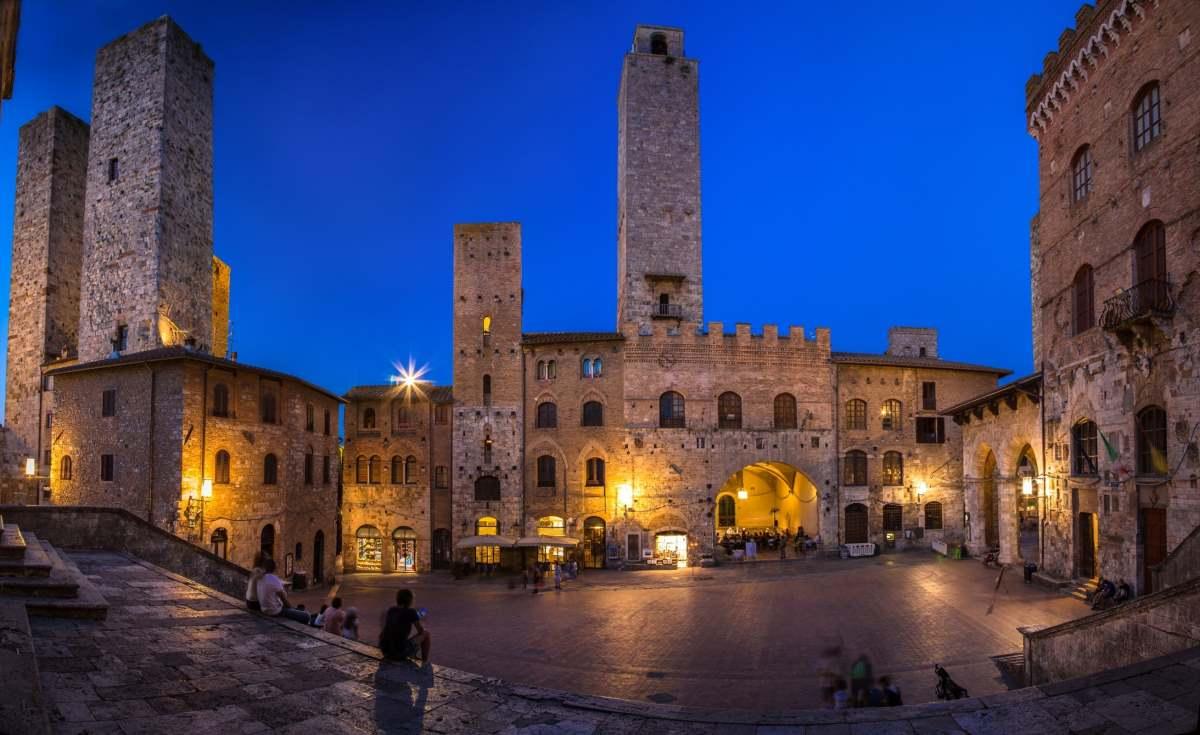San Gimignano, Τοσκάνη - κεντρική πλατεία
