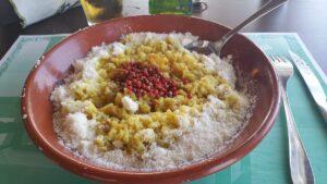 Τα μυστικά & οι γεύσεις της κυκλαδίτικης κουζίνας αλλά και το «γκουρμέ» ελληνικό νησί που διακρίνεται και στο εξωτερικό!
