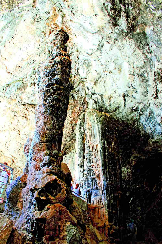 Αντίπαρος σπήλαιο