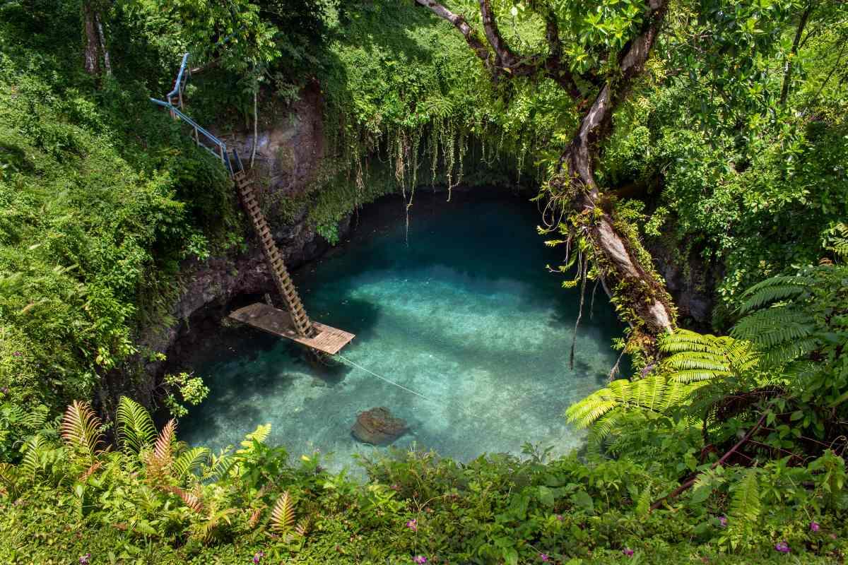 Sua Ocean Trench, Σαμόα
