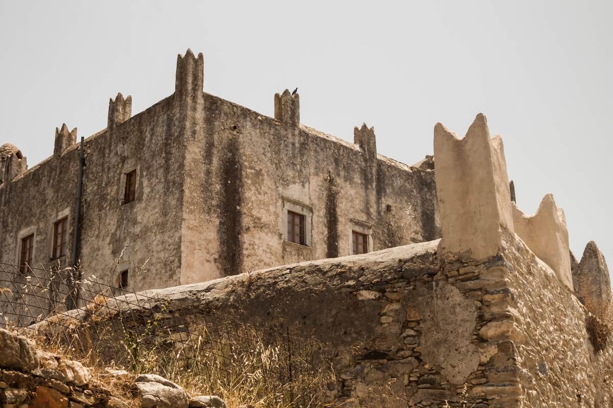 Χαλκί Νάξος, κάστρο