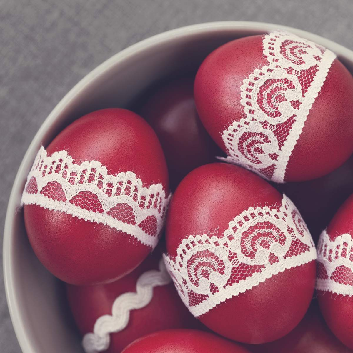 Πασχαλινά αυγά-Διακόσμηση με δαντέλα