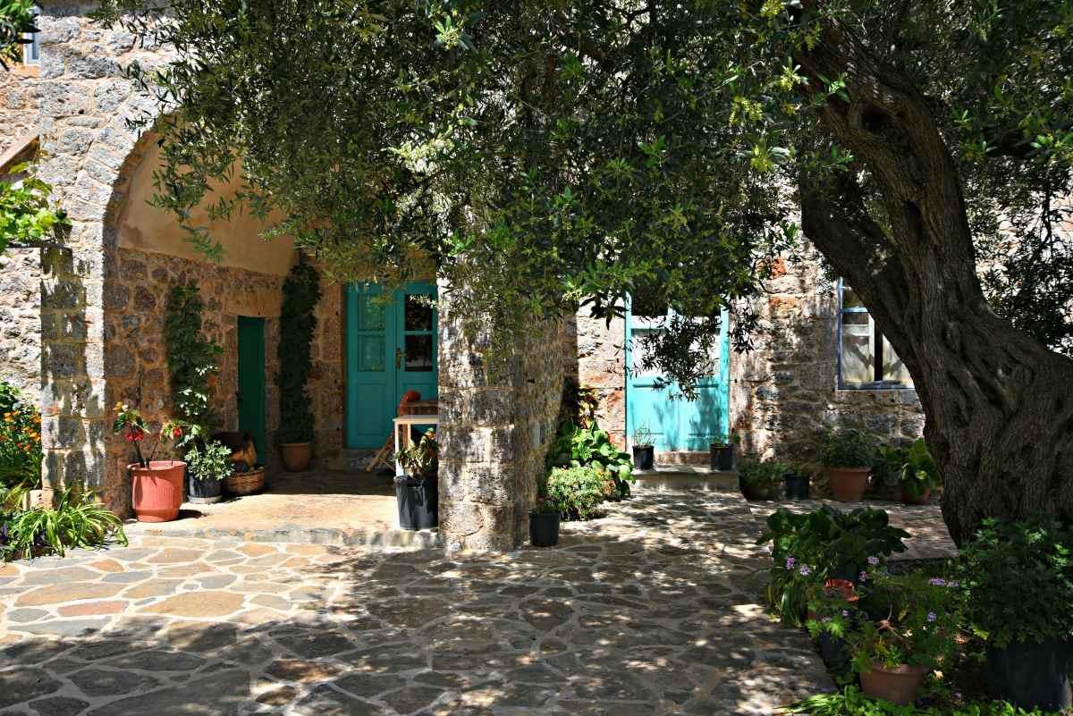 Πούλιθρα -χωριό Πελοπόννησος