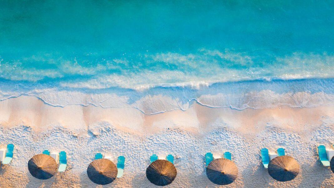10 ελληνικές παραλίες που θυμίζουν εξωτικό νησί