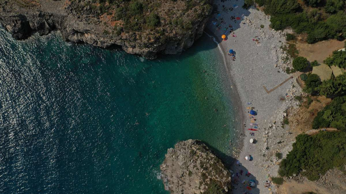 Παραλία Φονέας, Μάνη