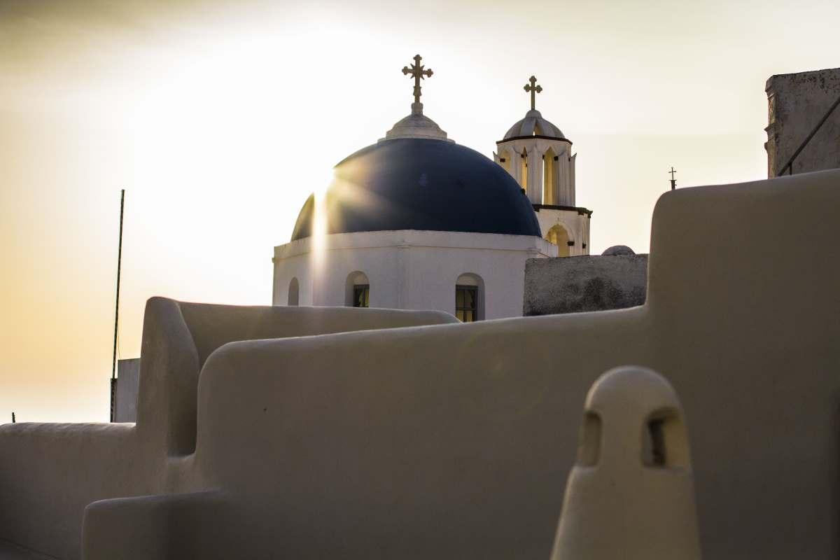 Πύργος Σαντορίνη - εκκλησία