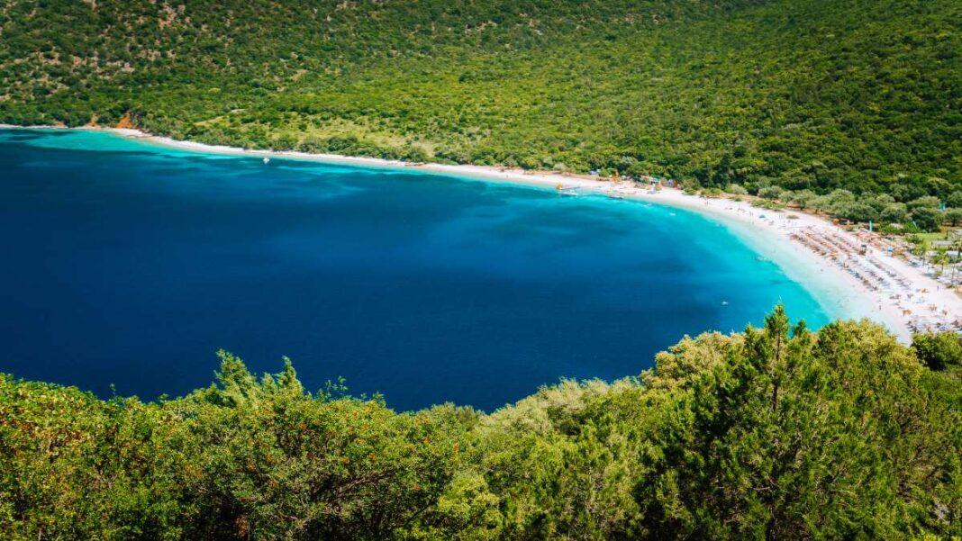Παραλία Αντίσαμος