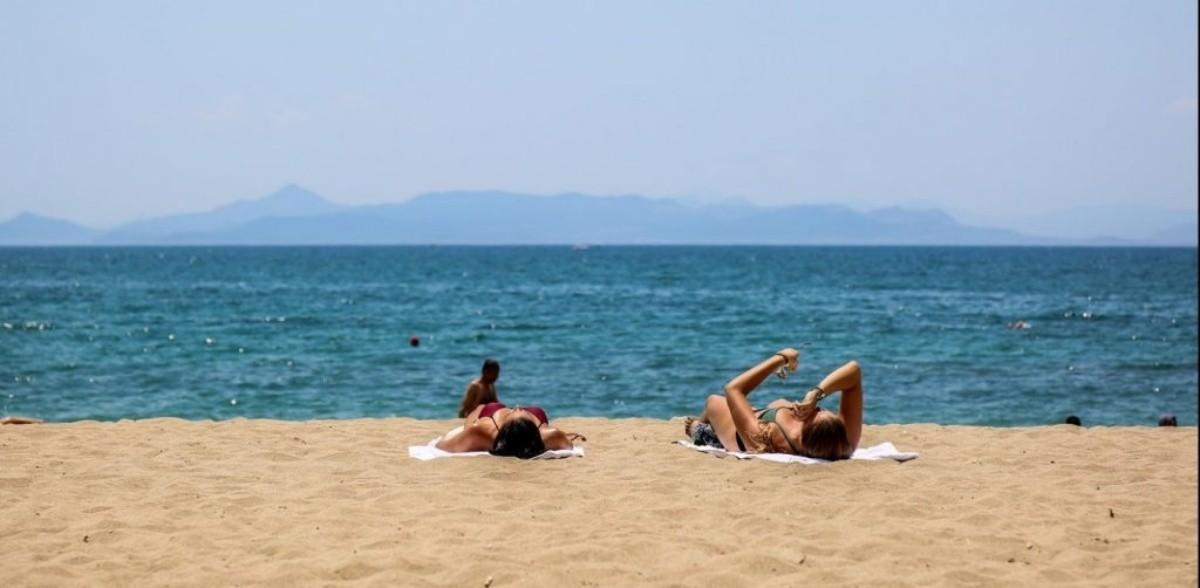 παραλία Βρωμοπούσι