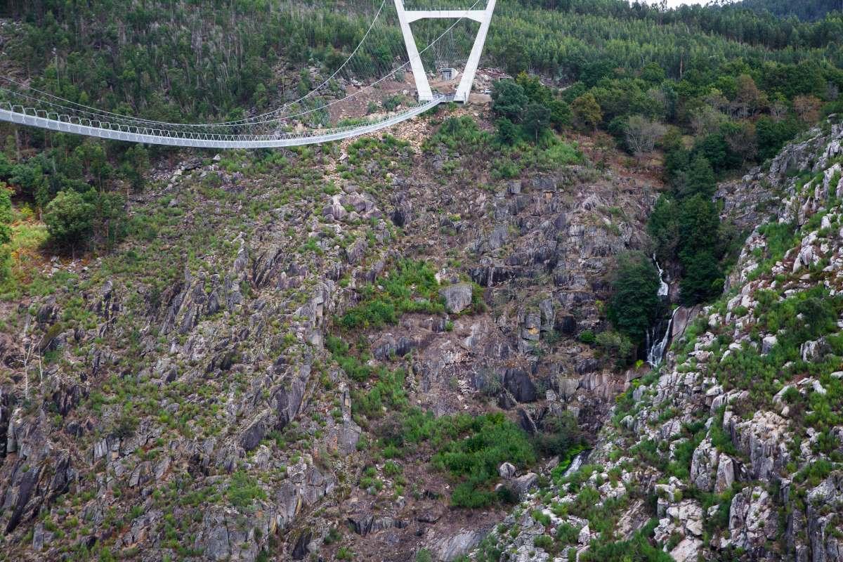 Αρούκα 516 πεζογέφυρα