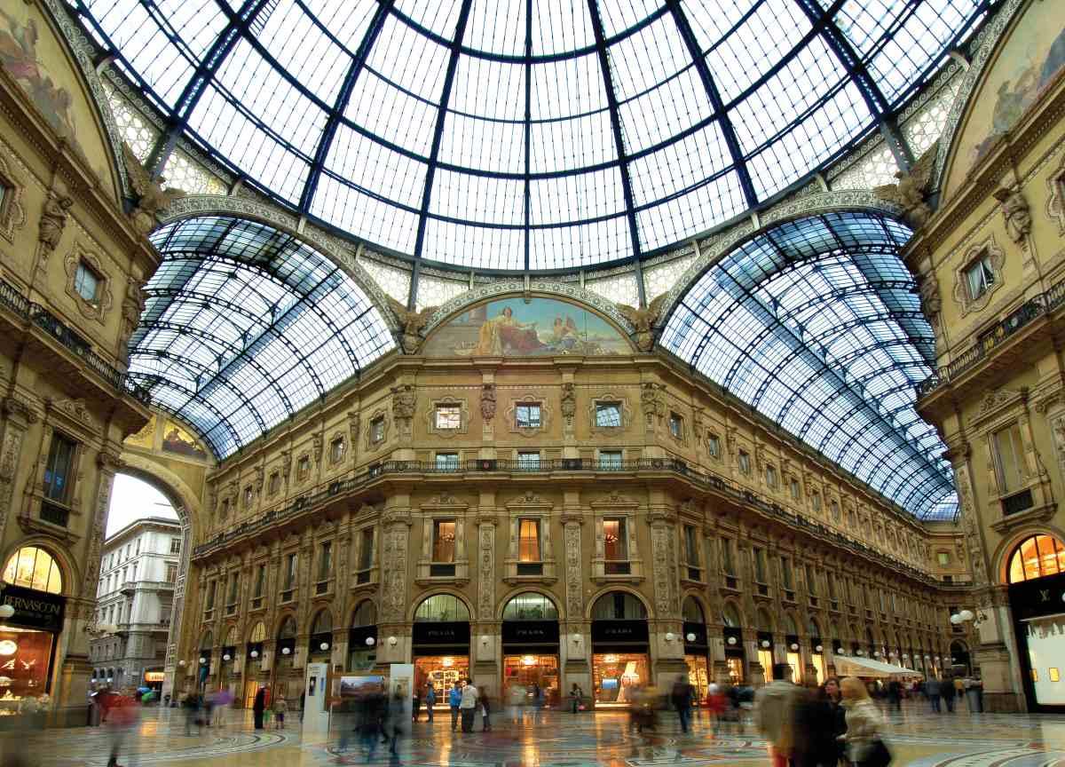 Seven Stars Galleria, Milan