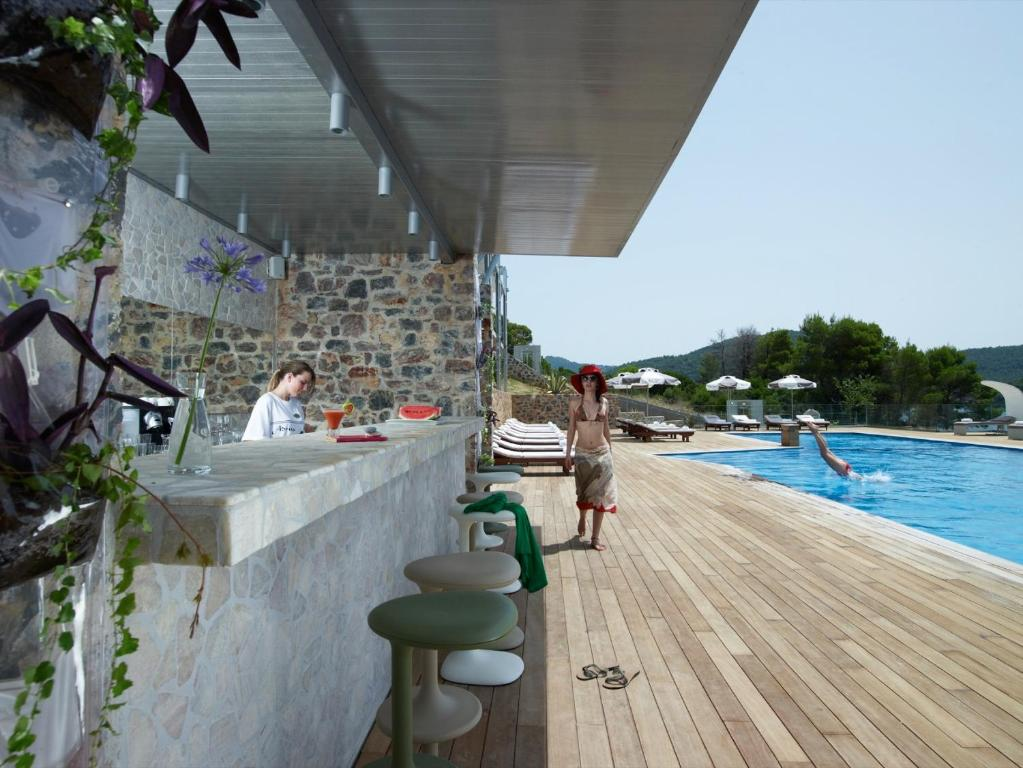 Adrina Resort & Spa μπαρ πισίνας