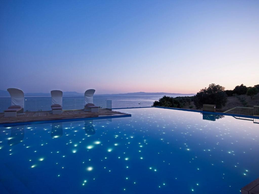 Adrina Resort & Spa πισίνα & θέα