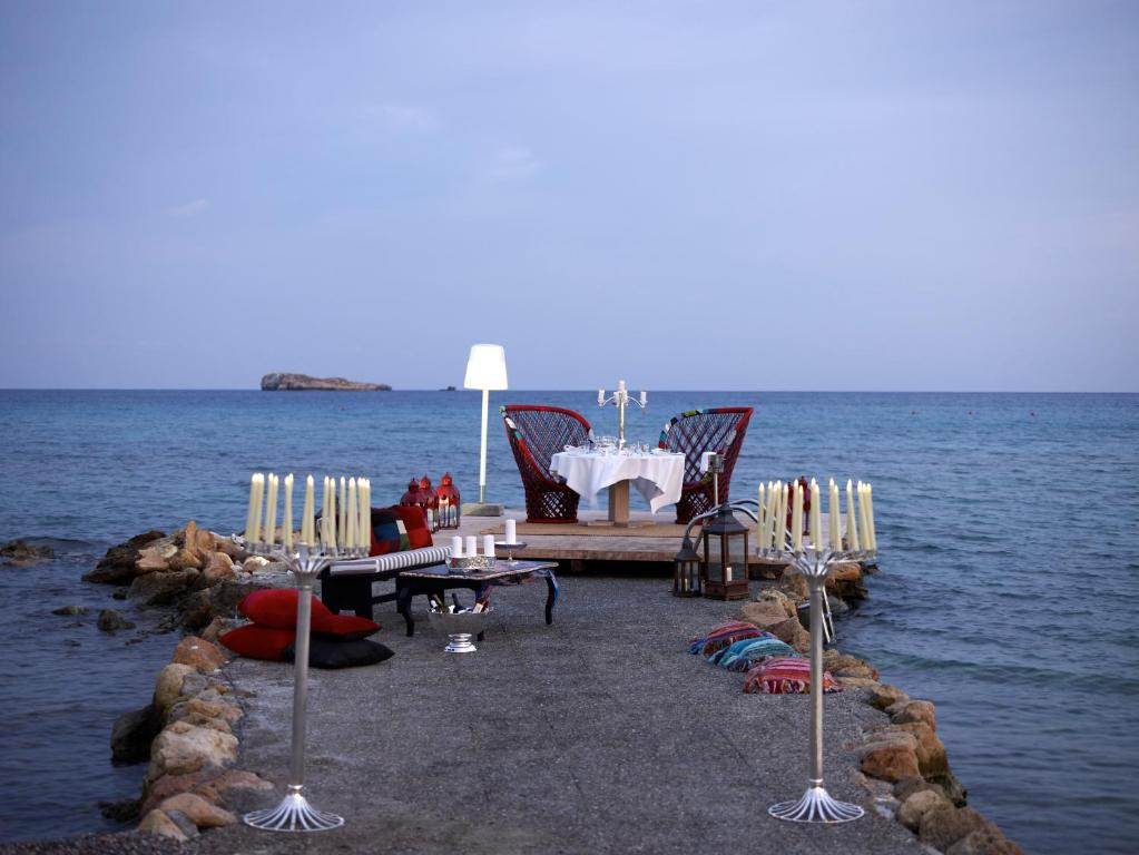 Aquagrand Exclusive Deluxe Resort Lindos - ρομαντικό δείπνο