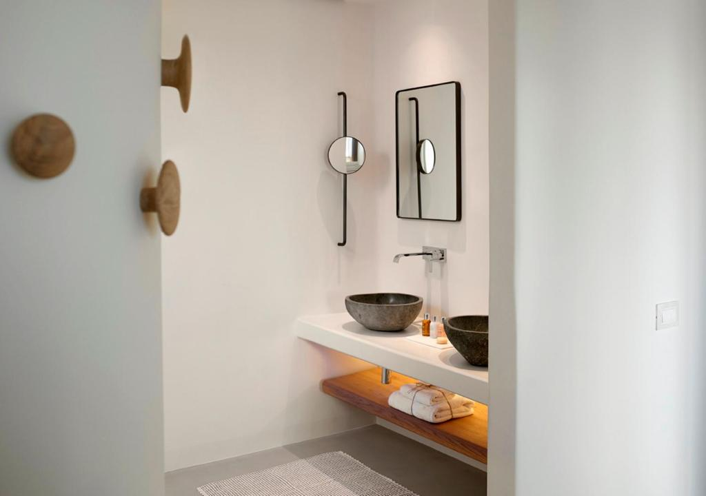 Mykonos - Bill & Coo Coast Suites -The Leading Hotels of the World