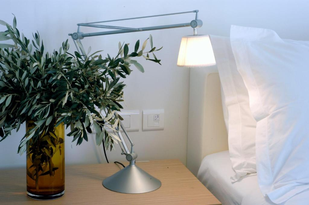 Elies Resorts Σίφνος κρεβατι