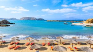 Κάρπαθος: Τοπία σμιλεμένα, χωριά φωλιασμένα, μαγευτικές παραλίες & ιστορικά αξιοθέατα στο δεύτερο μεγαλύτερο νησί των Δωδεκανήσων!