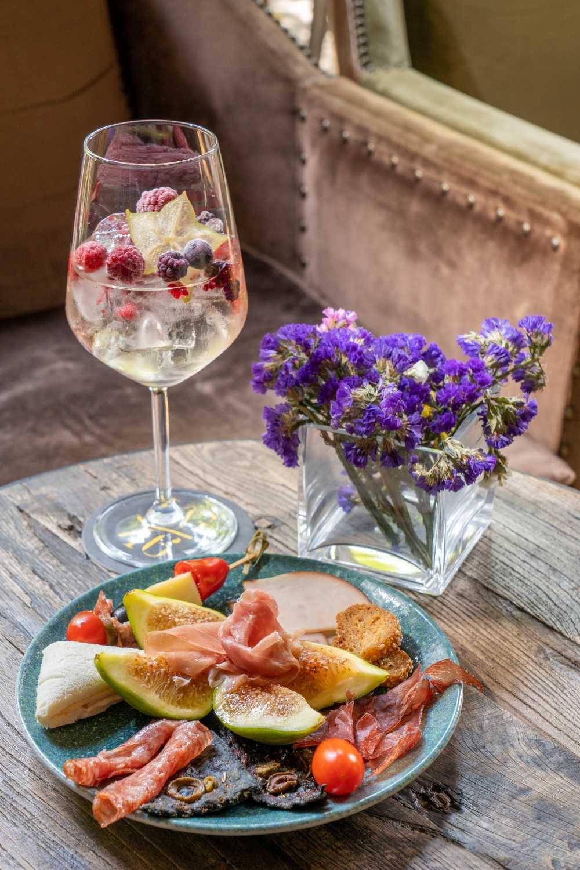 Villa Grigio aperitivo