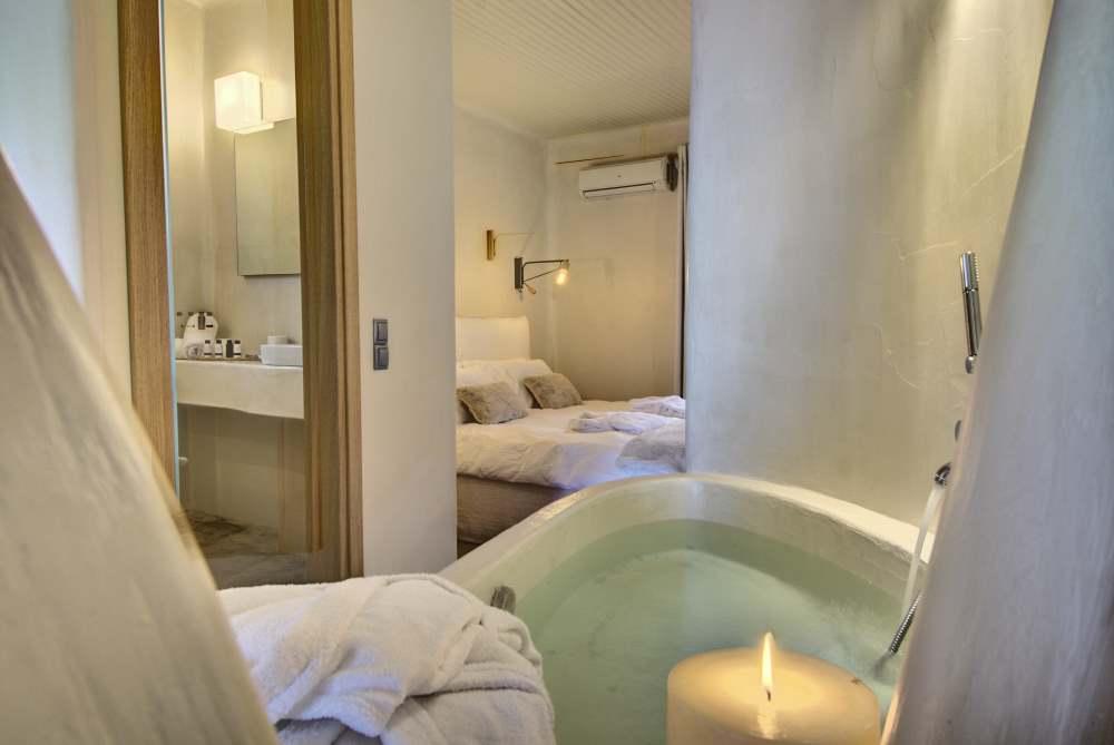 Agapitos Villas and Guesthouses suite