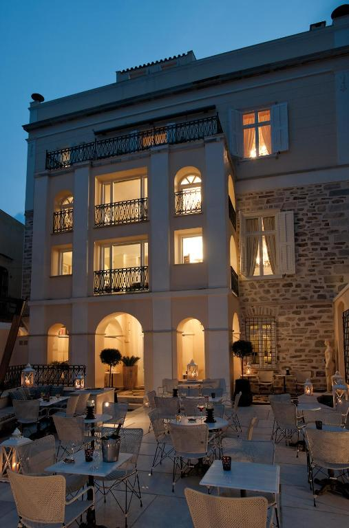 Hotel Ploes Σύρος δείπνο