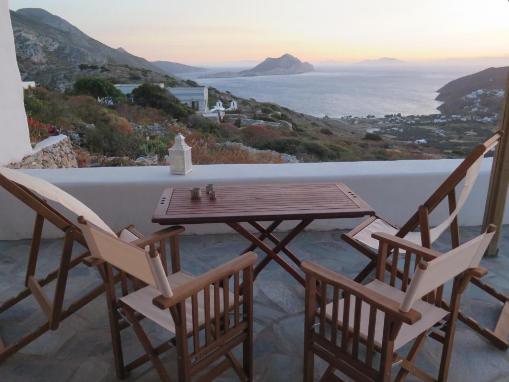 Kaminaki Amorgos θέα