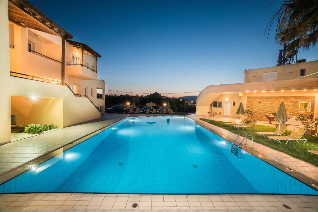 Mythos Beach Hotel Apartments