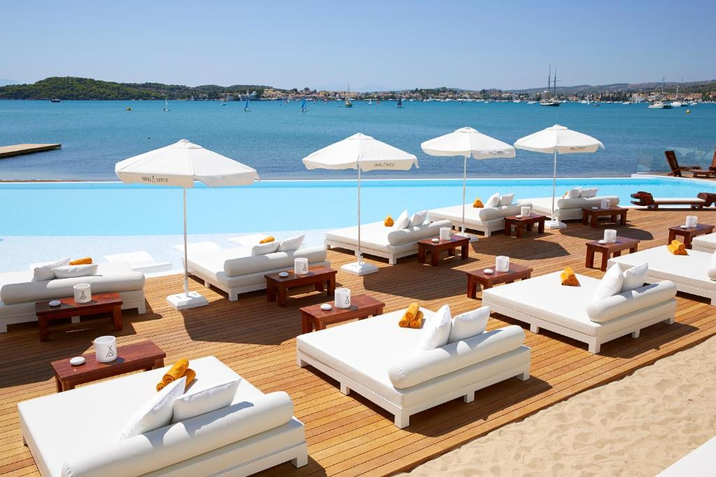 Nikki Beach Resort & Spa, παραλία