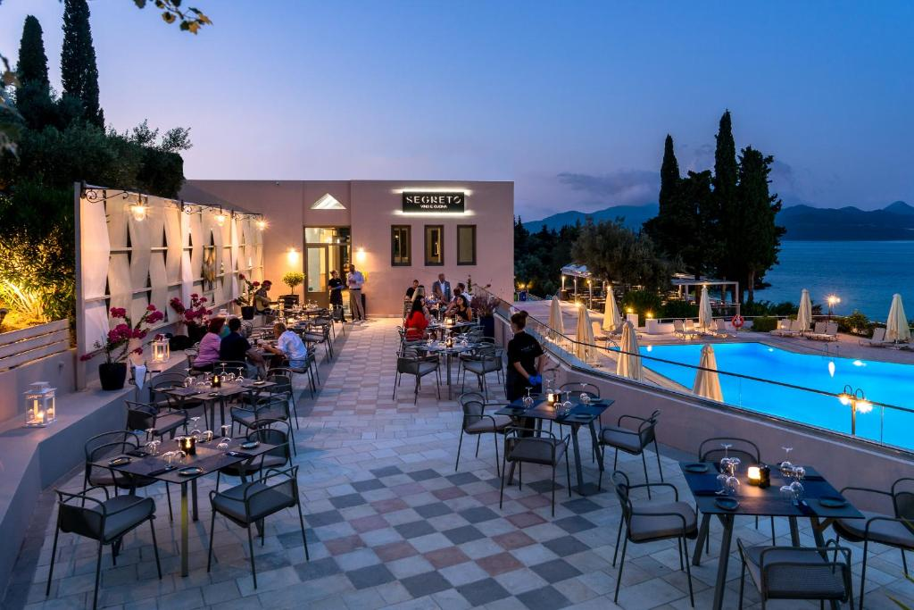 Porto Galini Seaside Resort & Spa εστιατόριο