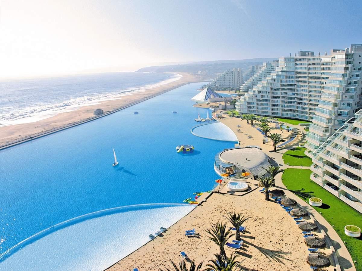 η μεγαλύτερη πισίνα του κόσμου San Alfonso, Χιλή
