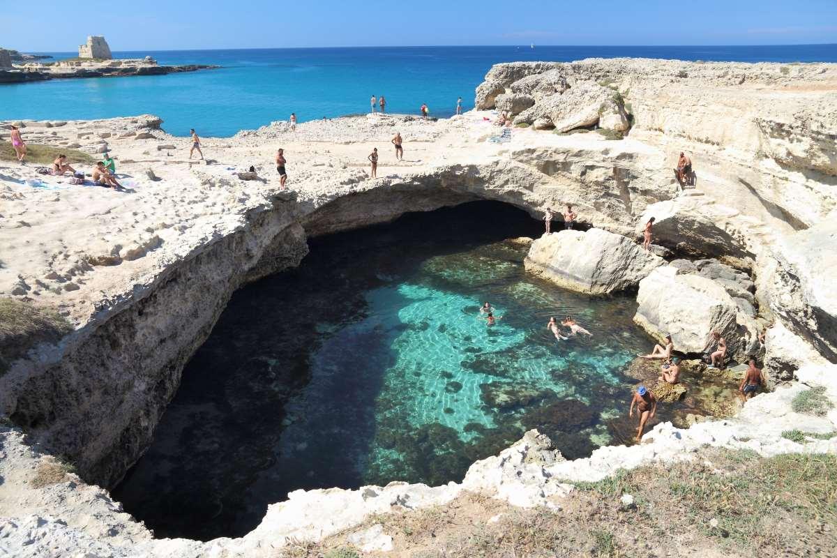 Grotta della poesia, Ιταλία