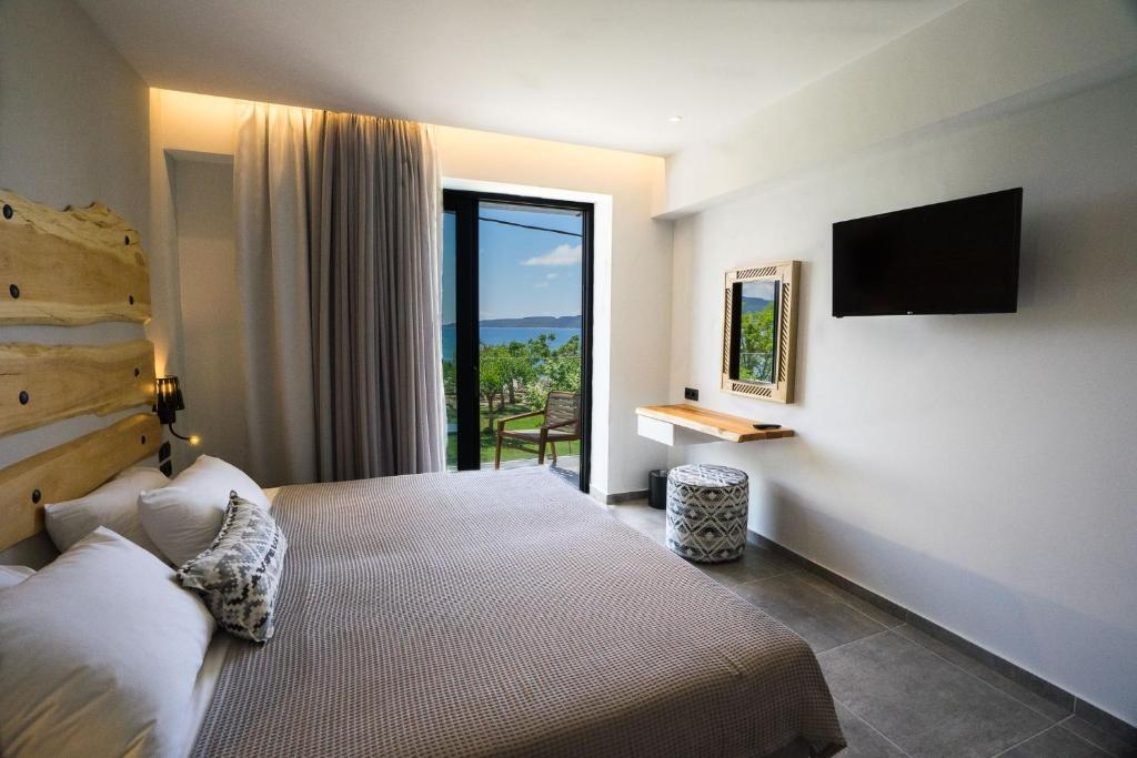 Zoe Seaside Resort