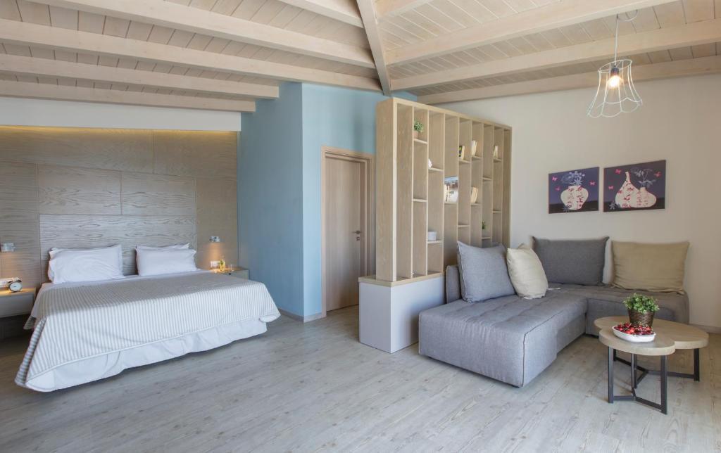 Golden Beach suite Τολό