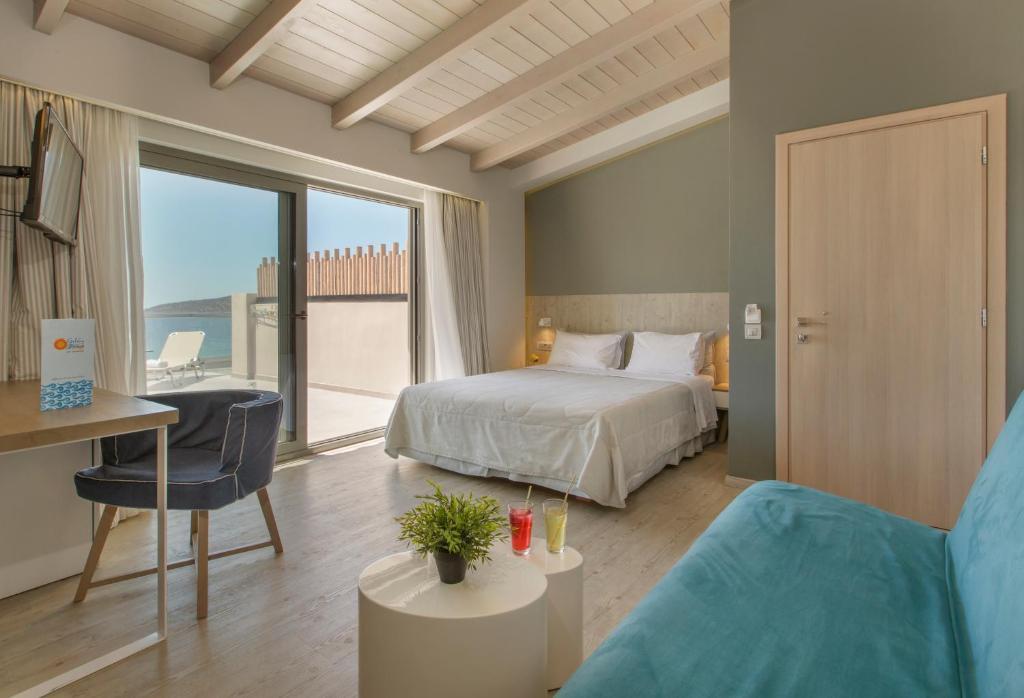 Golden Beach suite